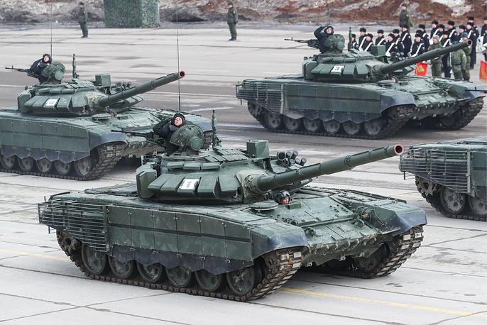 T-72B3 battle tanks