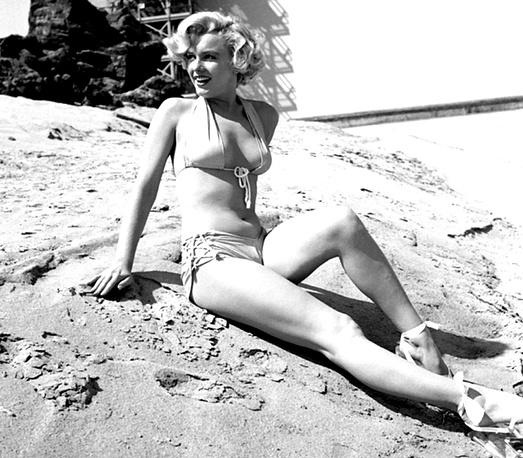 Marilyn Monroe wearing bikini, 1951
