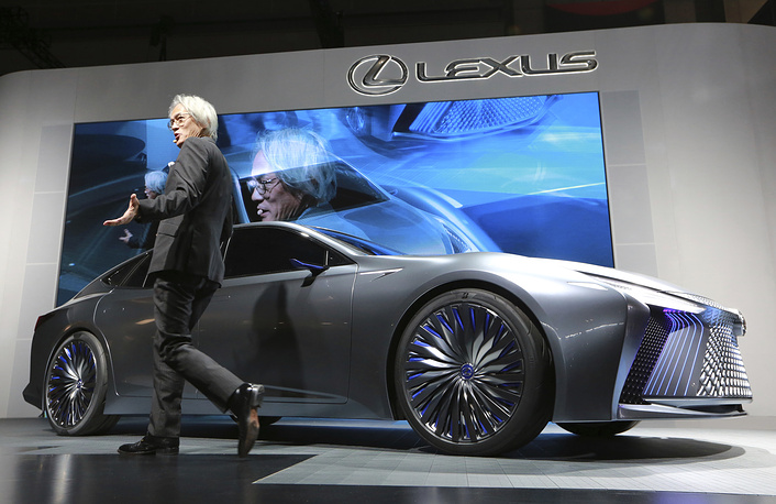Yoshihiro Sawa, president of Lexus International, unveils new Lexus LS+ Concept