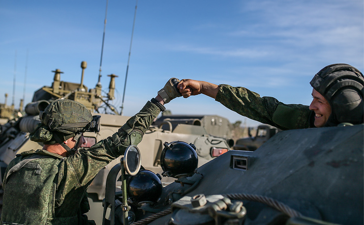 Specialists of the Russian Armed Forces' International Mine Action Center, April 2, 2016