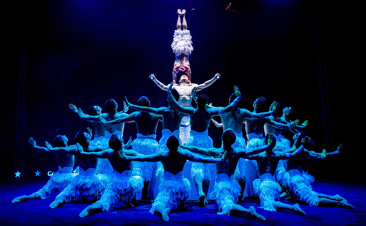 Members of the acrobat group from the Xinjiang Acrobatic Troupe perform during a rehearsal for the the 33th edition of the Wereldkerstcircus (World Christmas Circus) in the Carre Theater in Amsterdam, The Netherlands, December 20