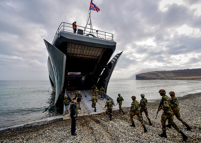 Indian servicemen board Russian Navy's Admiral Nevelskoy large landing ship during Indra 2017, a joint Russian-Indian military exercise, at the Klerk range, October 28