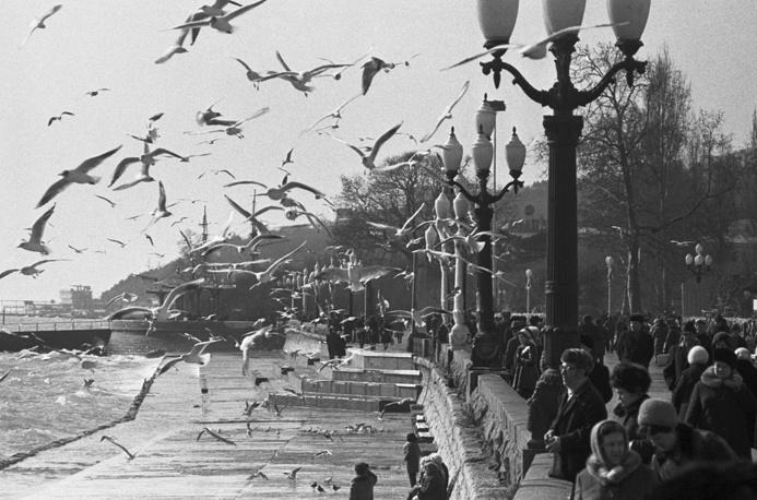 Yalta embankment in spring, Crimea, 1976