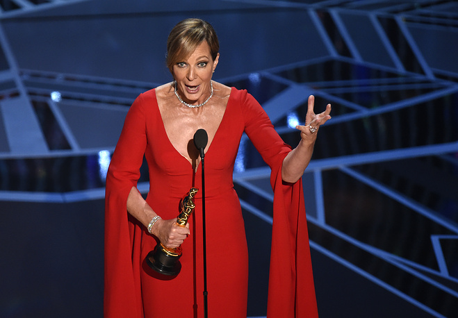 "Allison Janney accepts the award for best performance by an actress in a supporting role for ""I, Tonya"""