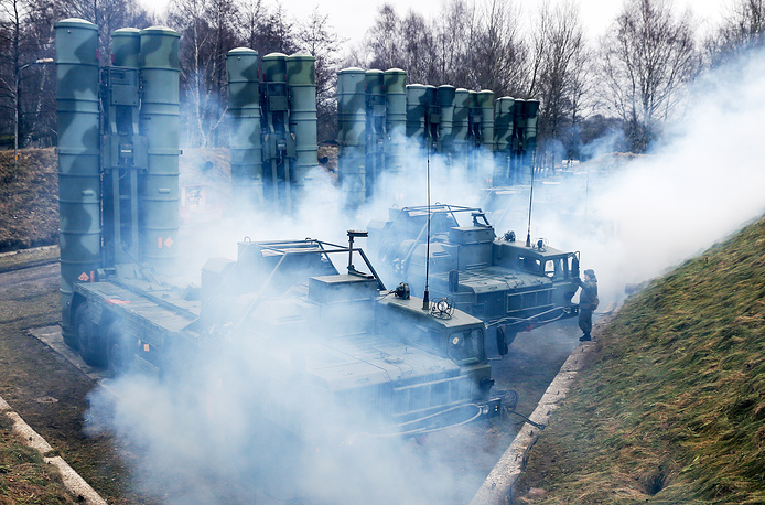 A training exercise by the Russian Baltic Fleet's air defence units involving S-400 Triumf air defence missile systems