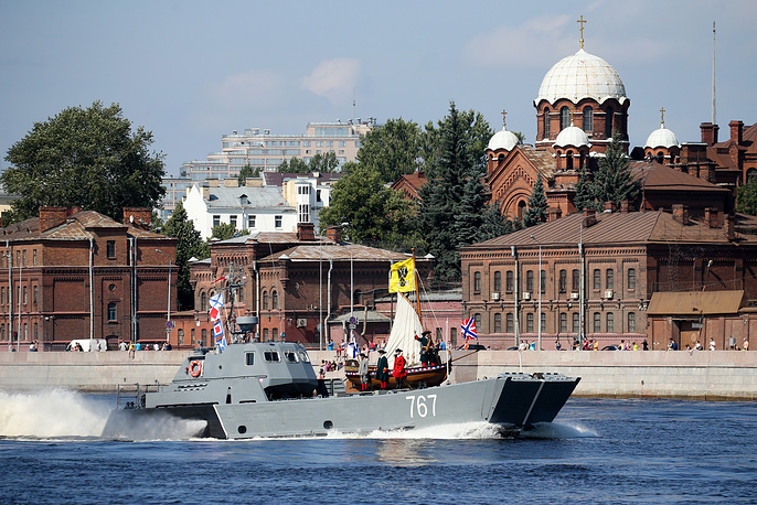 D-67 landing boat carrying the St Nicholas small boat of Peter the Great