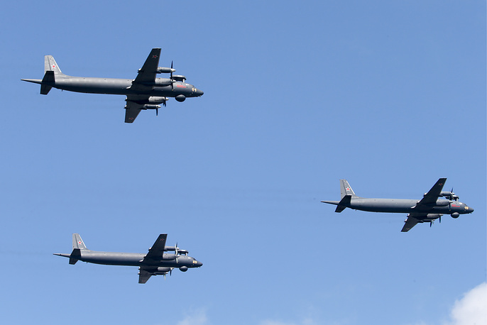 Ilyushin Il-38 anti-submarine warfare aircraft equipped with the Novella P-38 search and track system