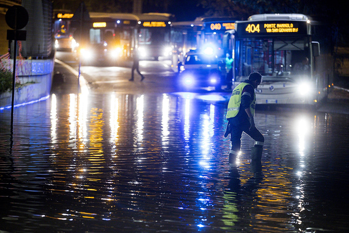 Italian firefighters also responded to similar weather-related incidents in other parts of the country. Reportedly the regions around Florence and Pisa were also hit by severe storms and torrential rains