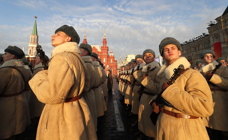 Participants of the march commemorating the legendary military parade of November 7, 1941 on Red Square, Moscow