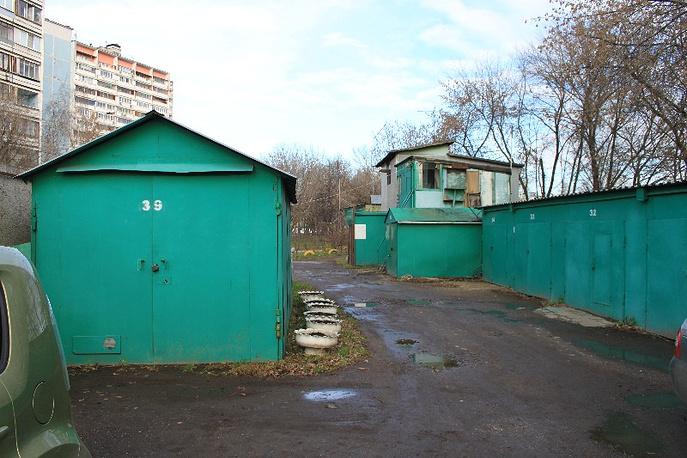 Гаражный бокс в Москве, где было обнаружено и изъято 120 кг наркотиков синтетического происхождения