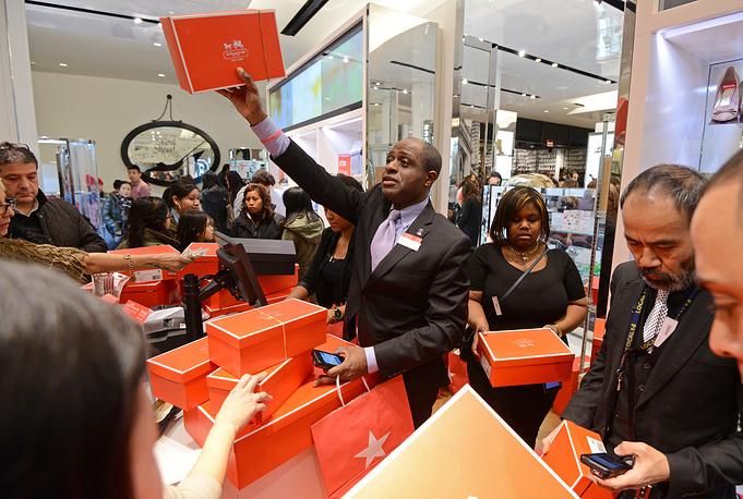 Начало распродаж в День благодарения в Нью-Йорке