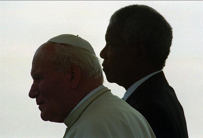 Иоанн Павел II и Нельсон Мандела