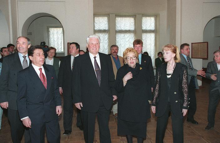 Борис Ельцин и Галина Волчек, 1996