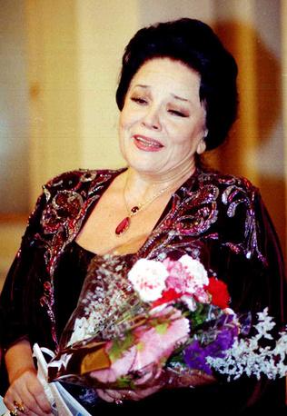Ирина Богачева удостоена звания почетный гражданин Санкт-Петербурга, 2000 г.
