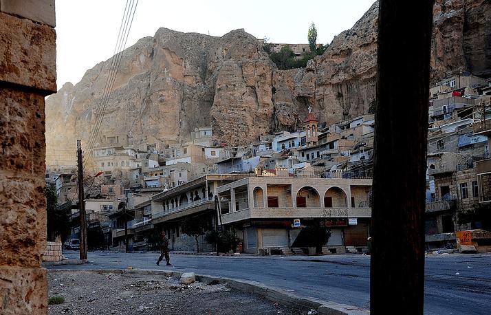 Маалюля. Вид на город, захваченный боевиками