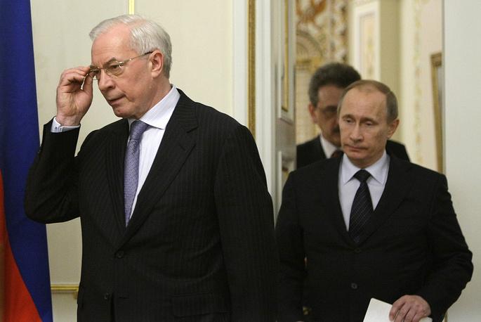 """На встрече с премьер-министром России Владимиром Путиным 25 марта 2010 года Азаров заявил, что отношения Украины и России могут быть начаты """"с чистого листа"""""""