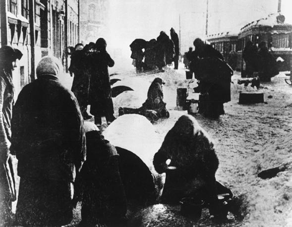 Блокадный Ленинград, 1942