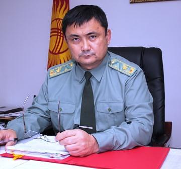 Министр обороны Киргизии Таалайбек Омуралиев
