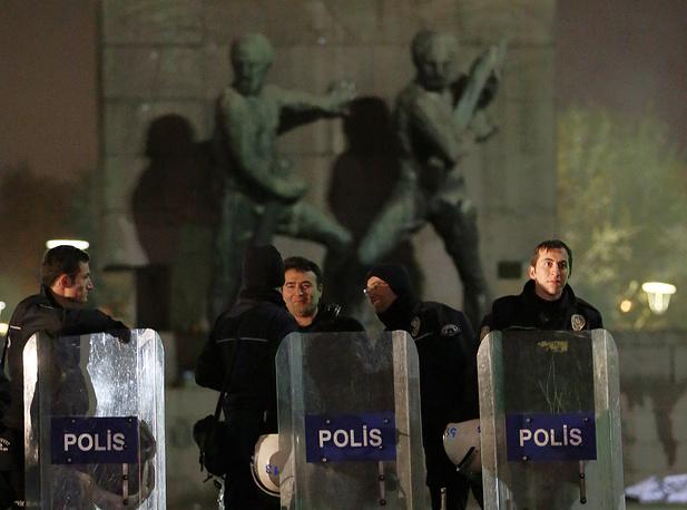 Протестные выступления в Турции стали уже проходить практически по графику. Народ может выйти на улицы в течение рабочей недели, если для этого есть существенный повод