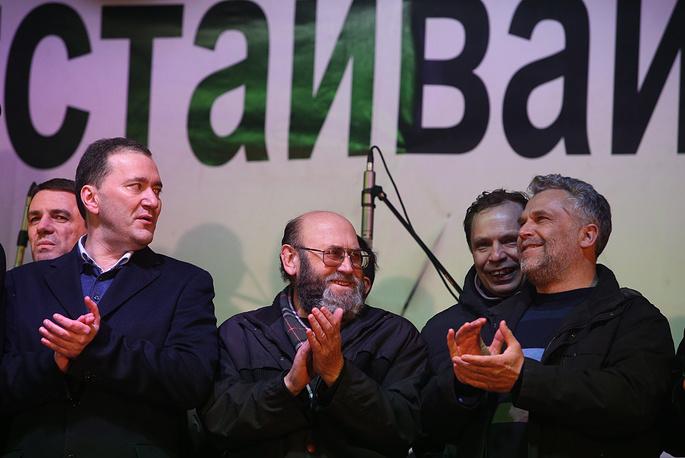 Предприниматель Алексей Чалый, избранный новым мэром Севастополя (справа) и Дмитрий Белик, избранный новым главой городской администрации Севастополя (слева)