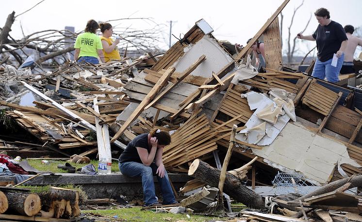 21-26 мая 2011 года торнадо унесли жизни 178 человек