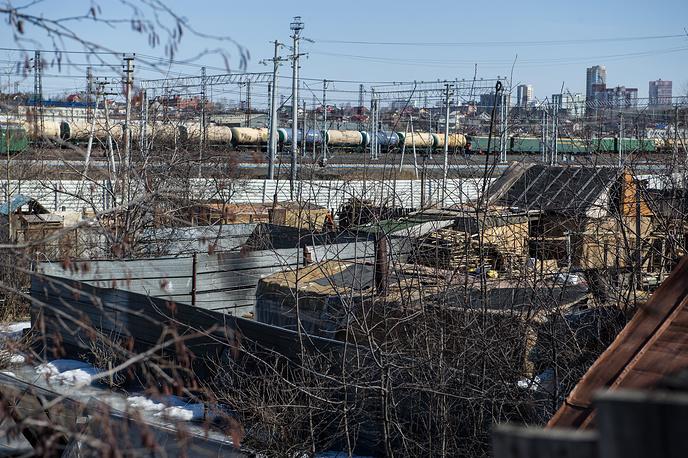 Нелегальный лагерь для мигрантов в Екатеринбурге