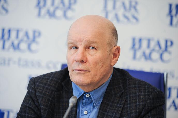 Заслуженный художник России Александр Новик