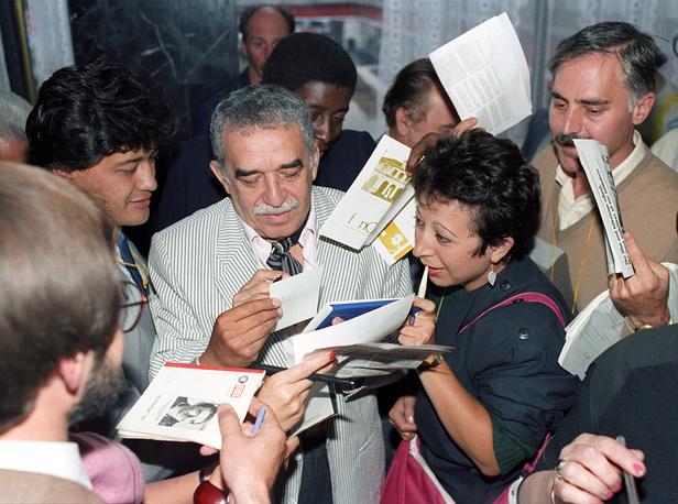 Маркес широко известен не только в Латинской Америке, но и далеко за ее пределами. На фото: Габриэль Гарсиа Маркес на XV Международном кинофестивале в Москве, 1987 год