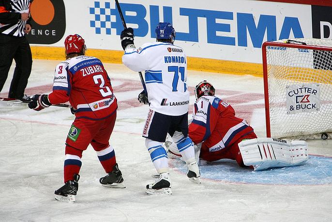 Победу сборной Финляндии принес точный бросок Лео Комарова
