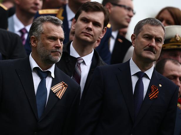 Бывший и.о. губернатора Севастополя Алексей Чалый (слева)