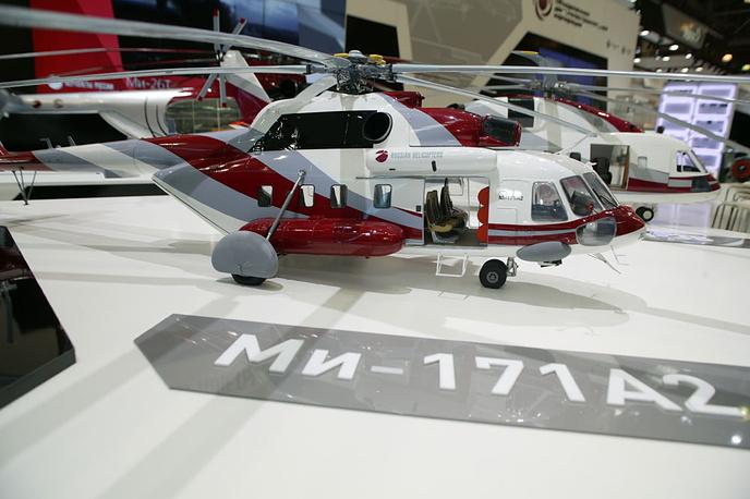 """Макет вертолета Ми-171А2 на стенде """"Вертолетов России"""" на """"Хелираша-2014"""""""