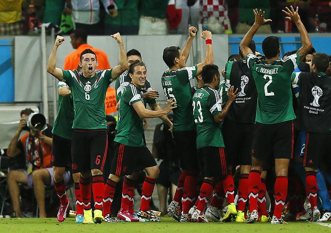 Победа над хорватами позволила сборной Мексики в шестой раз подряд выйти в 1/8 финала чемпионата мира