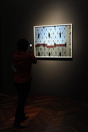 """""""Голконда"""" Рене Магритта на выставке во Дворце изящных искусств в Мехико"""