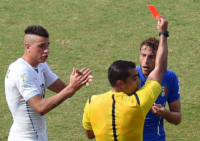 Красная карточка Клаудио Маркизио во многом предопределила исход встречи
