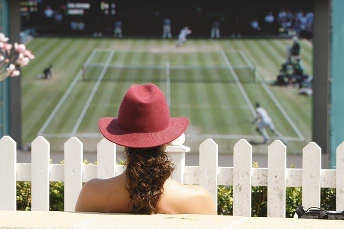 А кто-то может почувствовать себя как дома, на своем участке с собственным белым идеальным забором