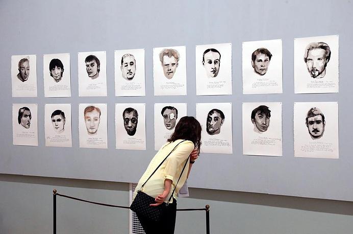 """работа """"Great Men"""" нидерландской художницы Марлен Дюма на """"Манифесте"""" в Петербурге"""