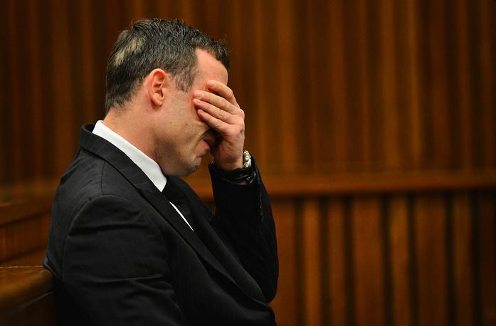 """На одном из допросов весной 2014 года Оскар Писториус признался в суде: """"Я совершил ошибку. В том, что я лишил Риву жизни"""""""