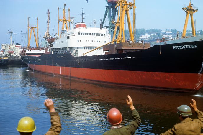 Великий путь БАМа длиной 4287 км заканчивается в Советской Гавани. Этот портовый и промышленный город находится рядом с Ванино, всего в 32 км, так что Советскую Гавань и Ванино можно рассматривать как единый транспортный узел