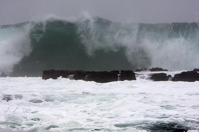 """Тайфун """"Неогури"""" достиг побережья Южной Кореи"""