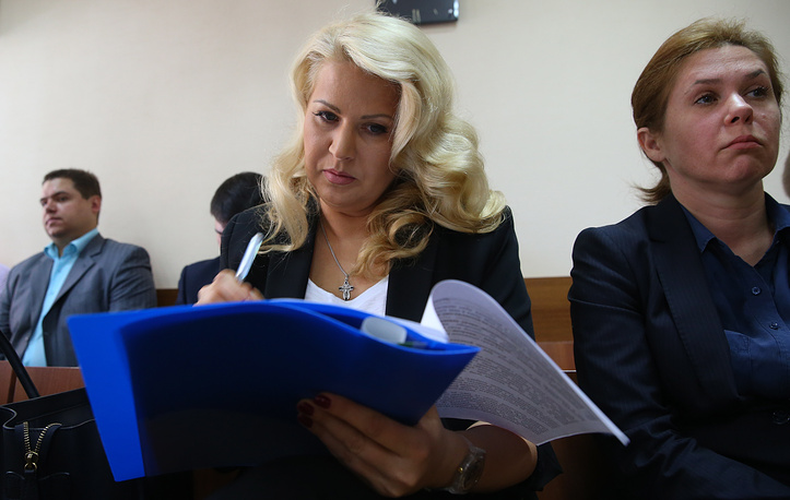 """Евгения Васильева не признала вину в суде ни по одному из инкриминируемых ей эпизодов преступлений. На фото: слушание уголовного дела """"Оборонсервиса"""" в Пресненском суде, 10 июля"""
