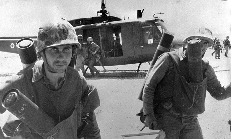 В ночь на 21 июля 1974 года турецкие войска высадились на Кипре