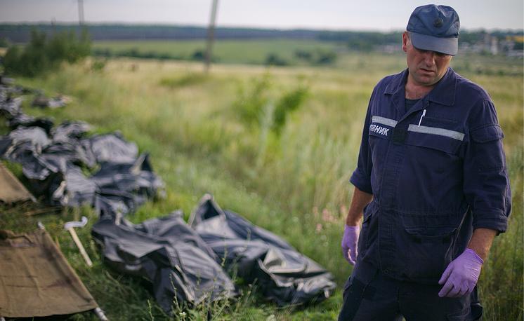 По словам премьер-министра Нидерландов Марка Рютте, достигнута договоренность о том, что Нидерланды будут координировать все работы по опознанию жертв трагедии на Украине