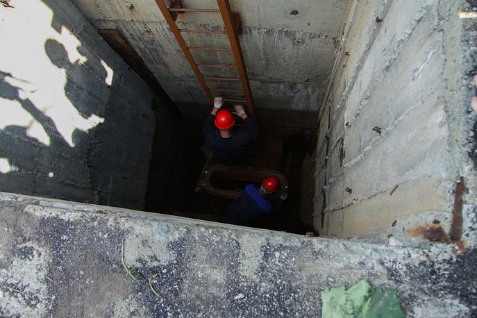 Замена задвижки донного спуска на Волчихинском водохранилище