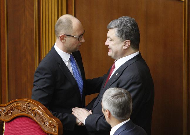 31 июля на внеочередном заседании Верховная рада не приняла отставку Арсения Яценюка с поста премьер-министра
