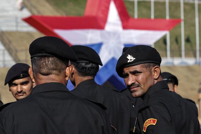 Члены танкового экипажа из Индии