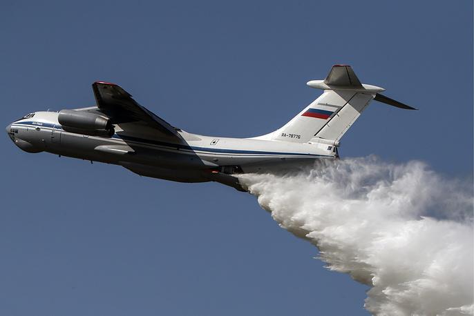 Тяжелый военно-транспортный самолет Ил-76МД