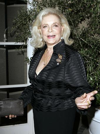 """На церемонии вручения наград """"Женщина года"""" по версии журнала Elle в Лос-Анджелесе, 2007 год"""