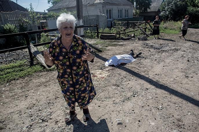 Последствия артобстрела Славянска украинскими военными. Украина, 2014 год