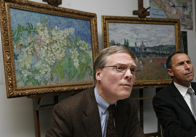 """В феврале 2008 года из музея """"Собрание фонда Эмиля Бюрле"""" в Цюрихе было похищено четыре шедевра общей стоимостью $140 млн. Картины """"Маковое поле близ Ветейя"""" Клода Моне и """"Цветущие ветви каштана"""" Ван Гога удалось вернуть в музей (картины на фото)"""