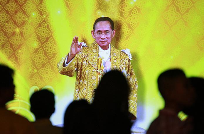 Богатейшим правителем в мире является король Королевства Таиланд Пумипон Адульядет (Рама IX). По данным Forbes, его личное состояние оценивается в $30 млрд